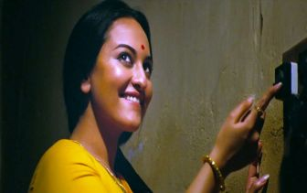 sonakshi-sinha-in-lootera-movie-1